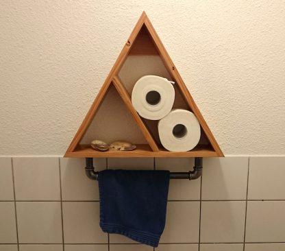Driehoek kastje industriële look met handdoekhanger van buismateriaal